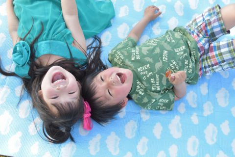 5歳児の特徴と発達のまとめ【遊びが広がり年長としての自覚がでる】