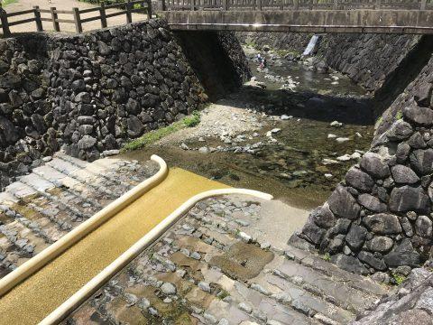 みつえ青少年旅行村で川遊びと遊具がおすすめ【ローラー滑り台がよい】