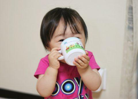 離乳食の牛乳をいつから?と注意点のまとめ!焦らずに飲ませよう