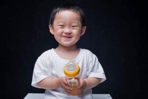 母乳はいつまであげるべき?やめる時期と断乳の方法のまとめ