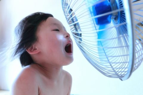 扇風機は赤ちゃんに危険?おすすめ商品3選と体調を崩さない注意点
