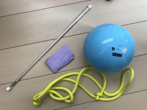 新体操の習い事にかかる費用はと月謝の相場!道具(手具)の費用