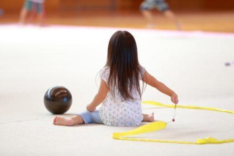 新体操教室の選び方といつから習わせるべきなのか?