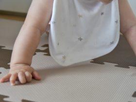 スタイはいつからいつまで使う?赤ちゃんのよだれと必要な枚数