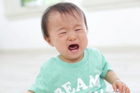 授乳中に泣く飲まない時の対処法6選【赤ちゃんの泣き方をチェック】