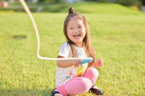 子供の縄跳びの教え方5ステップ【幼児・小学生におすすめの指導法】