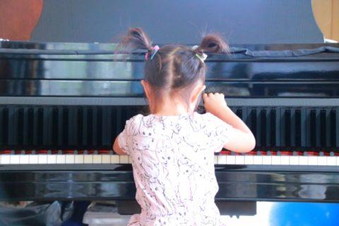 保育士になるにはピアノは必須【保育士資格試験で取得する】