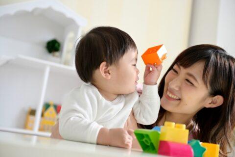 保育士に甘える子の上手な対応方法5選【先生がうまくやろう】