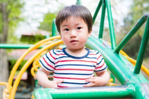 子供が一人遊びばかりは心配になる原因とは?【障害なのかを疑う】